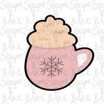 Mug with cream cookie cutter